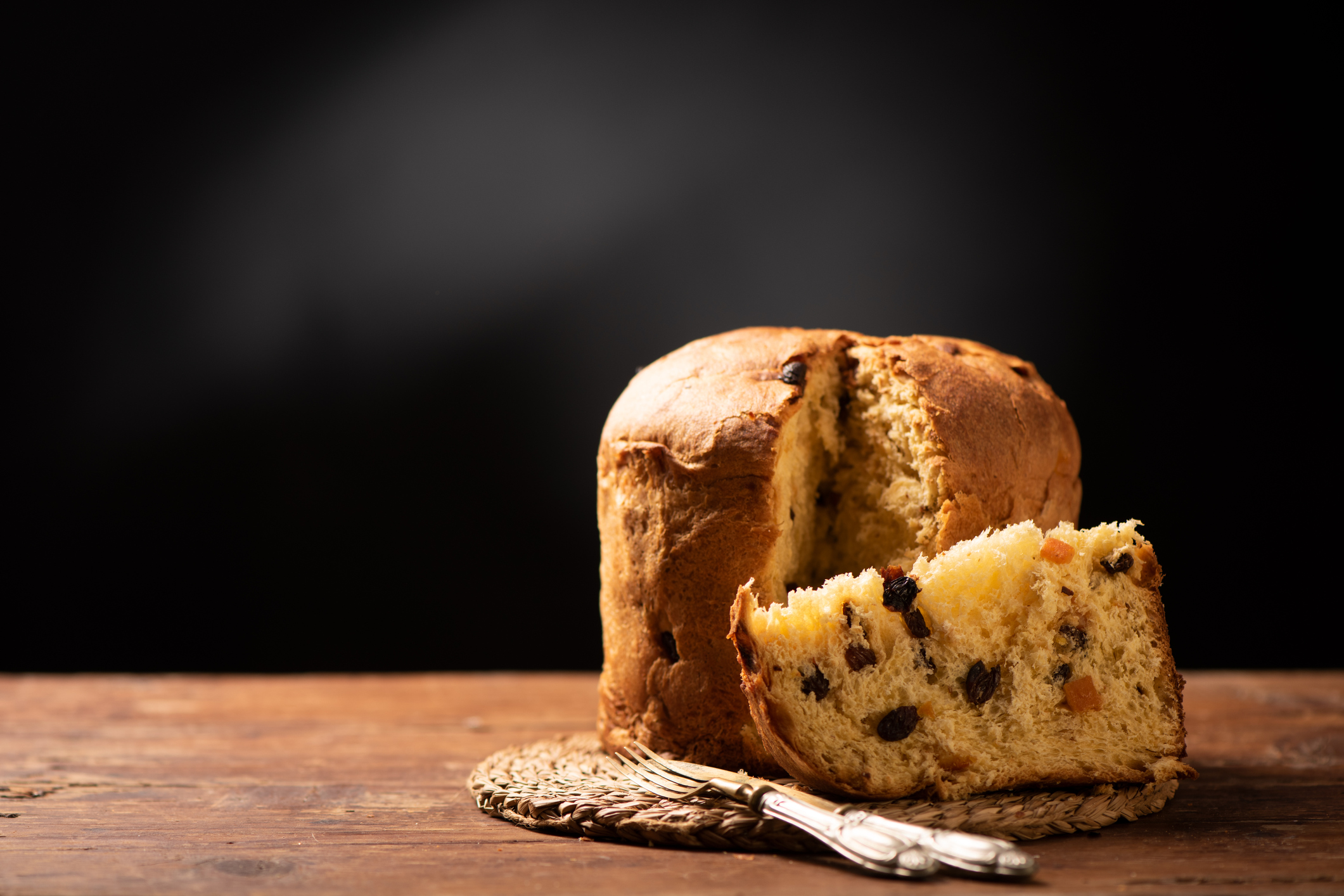 Panettone - What is it, where does it come from, and how is it made?